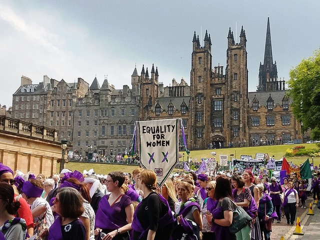 """Day 1: Bagpipe Greetings, Women's Equality, and """"Cheap"""" Dr. Pepper….Welcome to Scotland!!"""