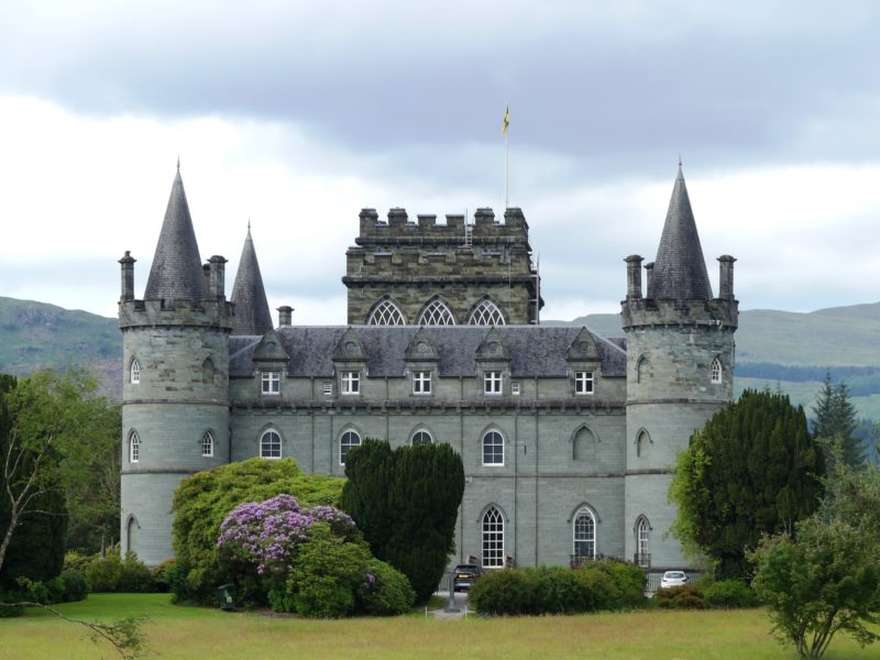 Day 2: Lochs, landscapes, castles, and history!